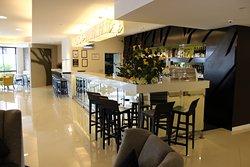 Visaya Restaurant & Bar