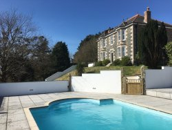 Nanplough Country House & Cottages