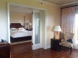 1 bedroom oceanfront suite 2553