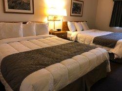 FairBridge Inn & Suites Thorp