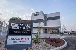 Smart Suites EBH Hotel