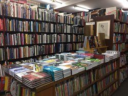 Powell's Books Chicago