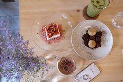 Roots Dessert Bar