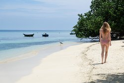Rasdhoo Island inn beachfront, the best in Rasdhoo Island
