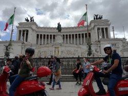 Vespa Style Roma
