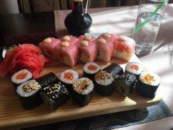 Sushi Bar Naomi