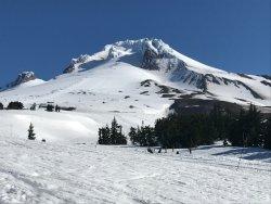 Timberline Lodge Ski Area