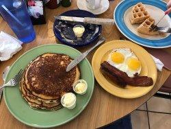 Rick's Restaurant & Bakery