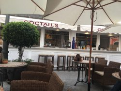 Acanto Cocktail Lounge