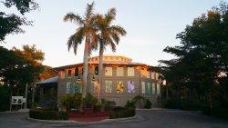 The Bailey-Matthews National Shell Museum