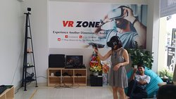 ‪VR Zone - Experience Another Dimension of Reality‬