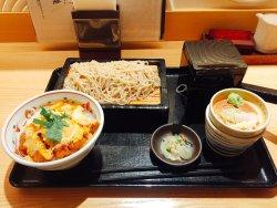カツ丼と蕎麦セット