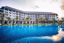 Vinpearl Cua Hoi Resort & Villas