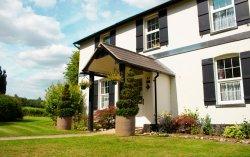 Denbies Farmhouse Accommodation