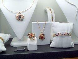 Oneiro Jewelry