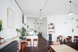 Cafe .cardinal