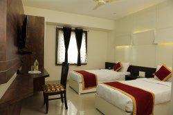 Amber Castle Hotel & Suites