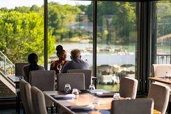 Lakepoint Restaurant