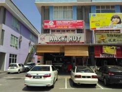 Aachi Hut