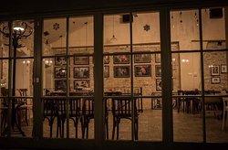 Cafe' and Vin Hedonija