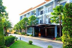 Ray Hotel Buriram