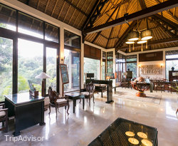 The Library at the Banyan Tree Bintan