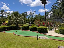 Island Miniature Golf and Games