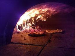 American Pie Wood-Fired Pizza