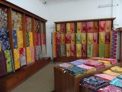 Bali Bidadari Batik