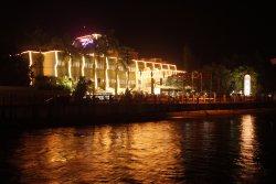 Hotel Parisutham