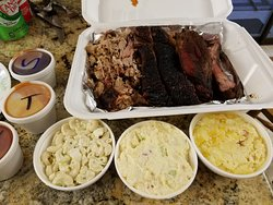 """This is """"Papa's Special"""" - 3 meats, 3 sides"""