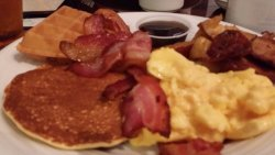 tons of breakfast items