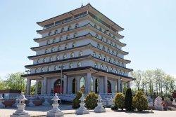 Cham Shan Temple