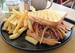 Harvest Breads Cafe