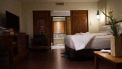 1106 room