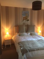 Henshire Bed & Breakfast