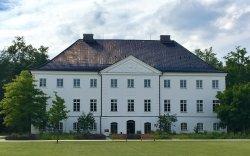 Aussenansicht des Schlossgutes