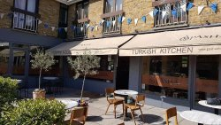 Pasha Chobham Cafe