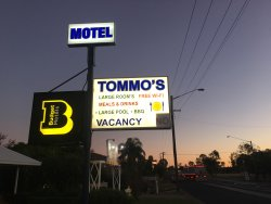 Tommo's Motor Lodge