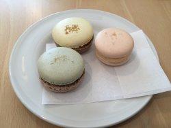 Chez Dodo Artisan Macarons and Café