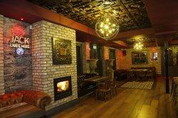 Crown Bar