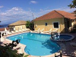 Avra Sea View Paradise Pool Aparthotel
