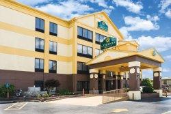 La Quinta Inn & Suites Memphis East-Sycamore View