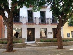 San Lorenzo Suites Hotel