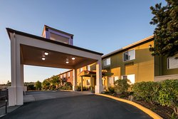 Red Lion Inn & Suites- Sequim