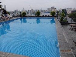 Hotellin uima-allas oli o.k.