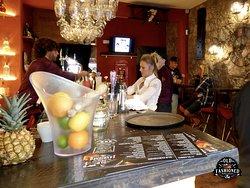 Old Fashioned Bar