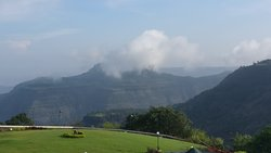 Picturesque locale and serenity clubbed together at the highest point of Lonavala