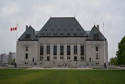 ‪Supreme Court of Canada‬