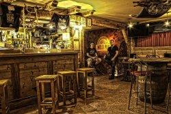 Molo Pub